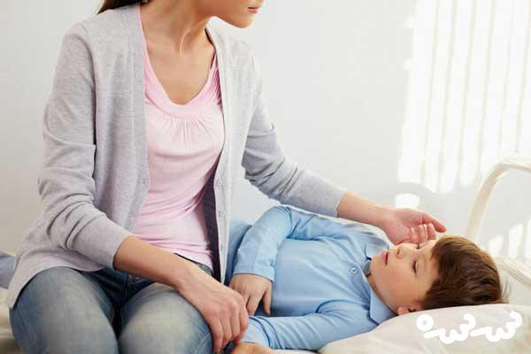 پایین آوردن تب کودک با پیاز